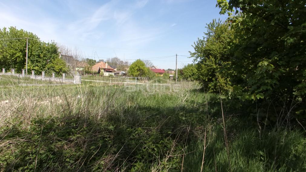 Na predaj stavebný pozemok 820 m2, obec Kolta, Nové Zámky