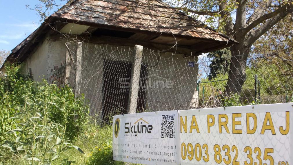 Exkluzívne!!!na predaj viničný domček 44 m2, slnečný pozemok 1400 m2, Levice